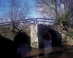 packhorse bridge over the Divelish at Fifehead Neville