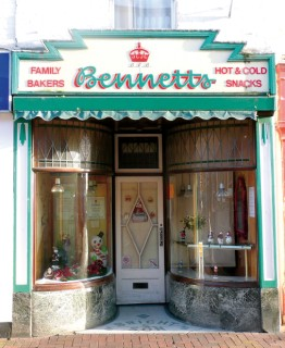 Bennetts Bakery,Poole /></td></tr><tr align=