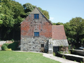 Place Mill, on the quay at Christchurch