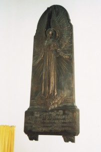 The bronze monument in Motcombe church