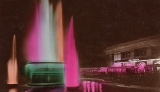 A 1930's photo of the fountain,Bournemouth Pavilion