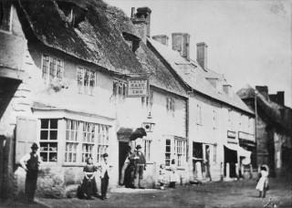 The White Hart Inn in the 1860s