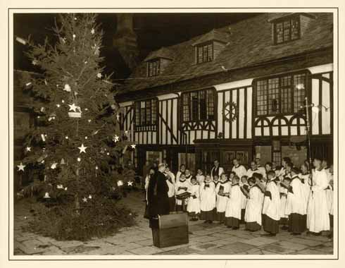 The choir has been a fixture of the Abbey's Christmas celebrations for hundreds of years. This image shows the scene in the parade 50 years ago.
