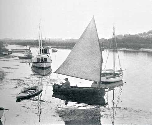 Sailing in the 1940s in a clinker-built dinghy
