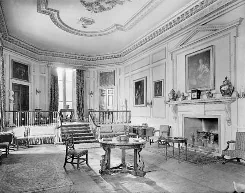 The saloon before the fire