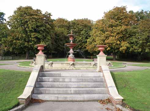 The fountain donated by Lord Wimborne in 1990 to mark the park's centenary