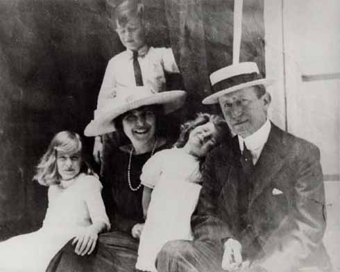 Marconi, Bea and children