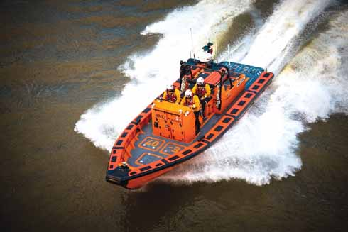 The E-class lifeboat letting rip on the River Thames