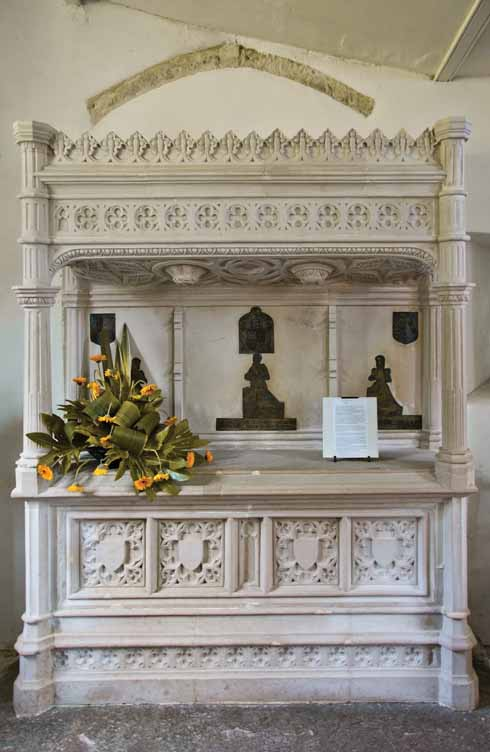 The 1572 monument in the church of St Peter to John Clavell, MP for Corfe Castle was, as was the fashion at the time, erected while he was still alive. He finally shuffled off this mortal coil in 1609.