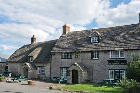 The village pub of the New Inn is, as is often the case with places bearing that prefix in England, somewhat misleading. It is over four centuries old and in one 150-year period had but four landlords.