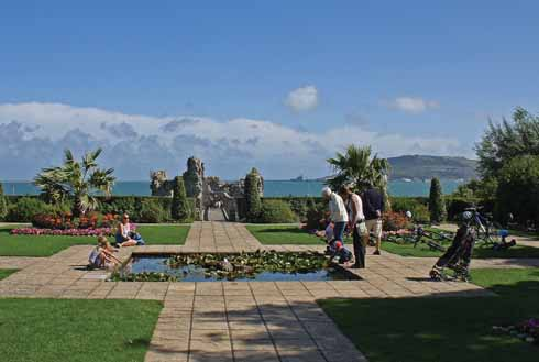 The gardens in front of Sandsfoot