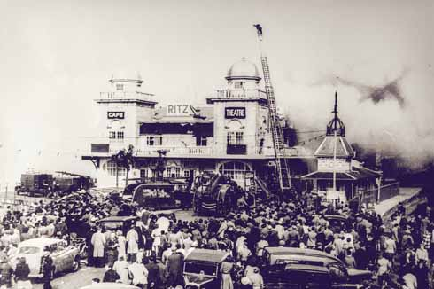 The Ritz on fire, 13 April 1954
