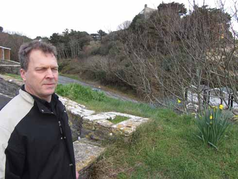 Adam Dickson at Branksome Dene Chine, where Neville Heath murdered Doreen Marshall. In 1946 the promenade, car park, beach huts and café had not yet been built.