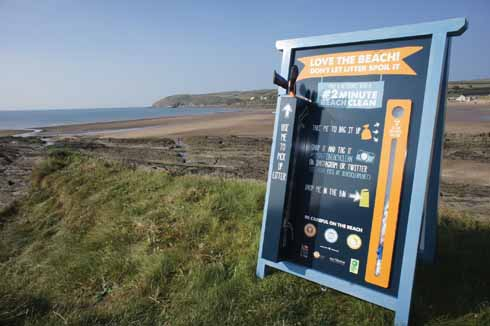 Do your bit on the beach: 2minutebeachclean stations are on four Dorset beaches