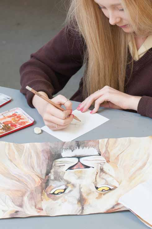 Through fine art and painting skills, students are encouraged to develop their creativity