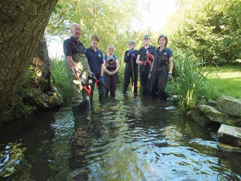 Richmond Fellowship volunteers carrying out river management work (Amanda Broom)